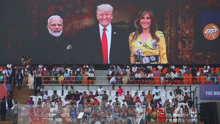 Trump, first lady stroll the grounds of iconic Taj Mahal
