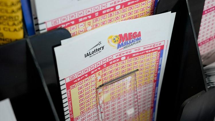 Powerball jackpot hits $640M as Mega Millions grows to $750M