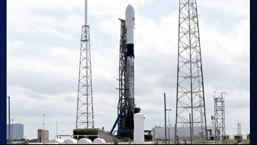 SpaceX will try 60-satellite launch attempt again Thursday night