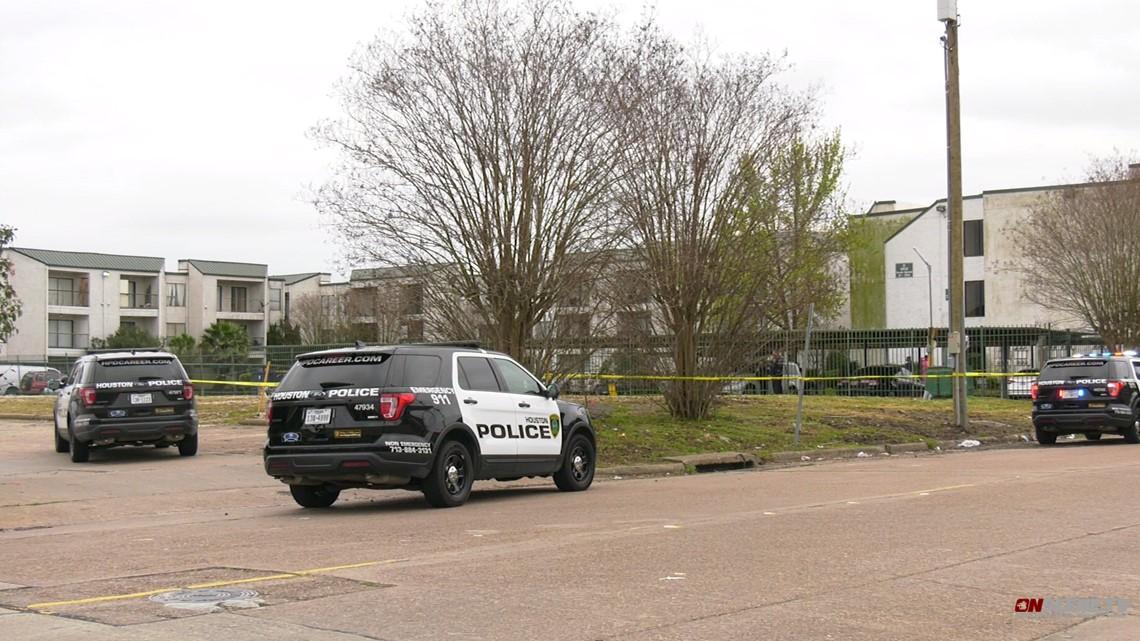 Body with gunshot wound found near apartments in southwest ...
