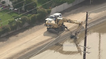 Man taken to hospital in critical condition after falling into Phoenix canal
