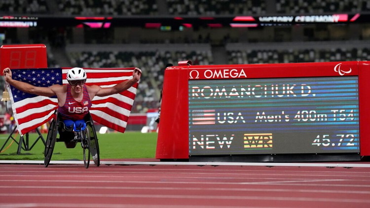 Daniel Romanchuk wins gold by just 0.01 seconds in Tokyo Paralympics men's 400m T54 final