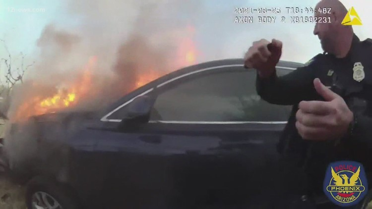 'They are true heroes': Phoenix police officers rescue man from burning vehicle