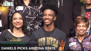 Arizona State grabs top 5 QB Jayden Daniels for 2019