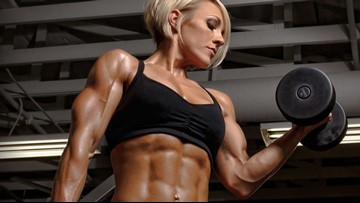 From graphic designer to body builder, mom of two motivates women to get buff