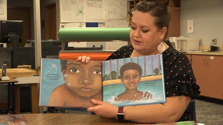 Inspiring Arizona art teacher shows students how to follow their own dreams through illustration