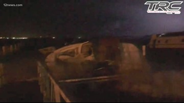 Wild video shows monsoon storm sinking boats at Lake Havasu