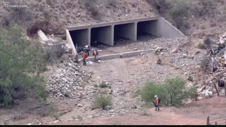 Search continues for girls swept away in Arizona flash flood incidents