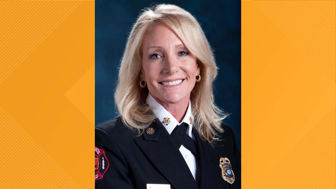Phoenix Fire Department chief says she has breast cancer, will undergo double mastectomy