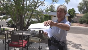 Mail carrier helps save Phoenix woman's life