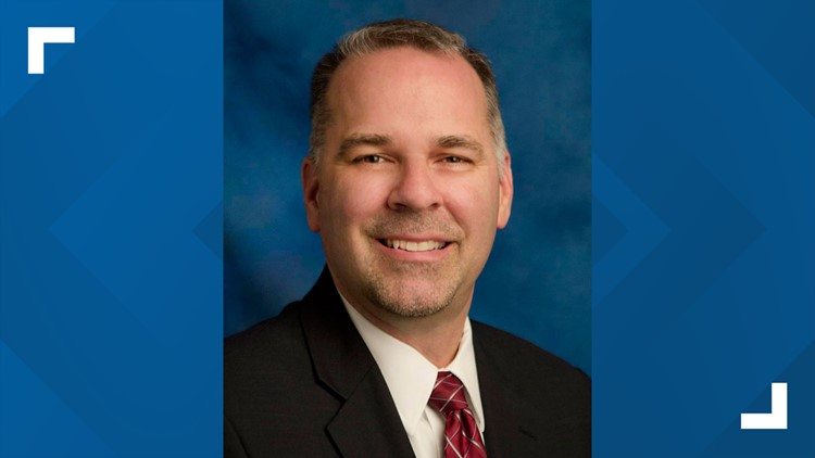 Phoenix city manager to retire after 8 years