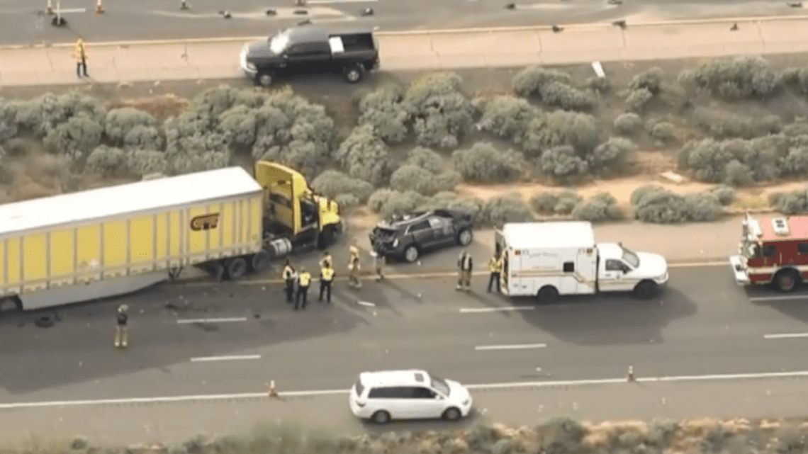 4 killed in I-10 crash northwest of Tucson | 12news.com