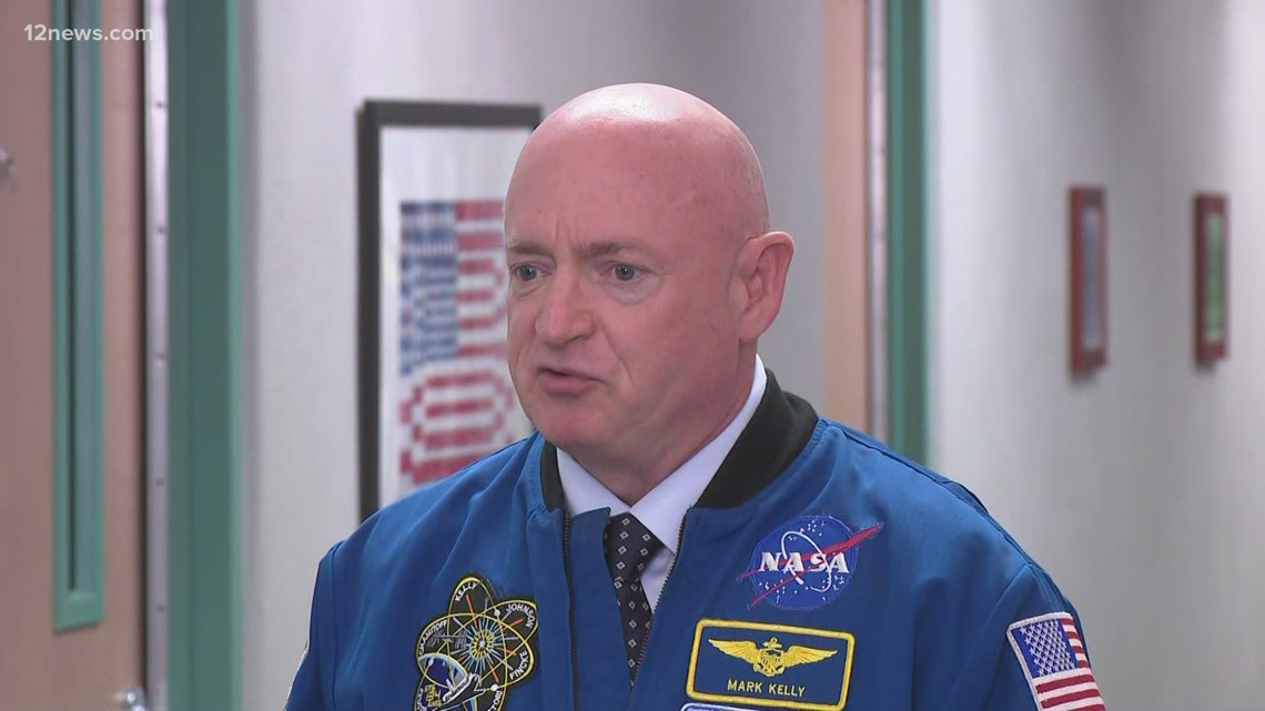 Sen. Mark Kelly visits Valley school for unveiling of the 'Mark Kelly Hallway'