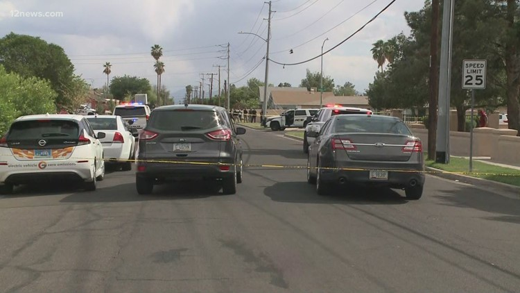 Police searching for suspects in Glendale after officer-involved shooting
