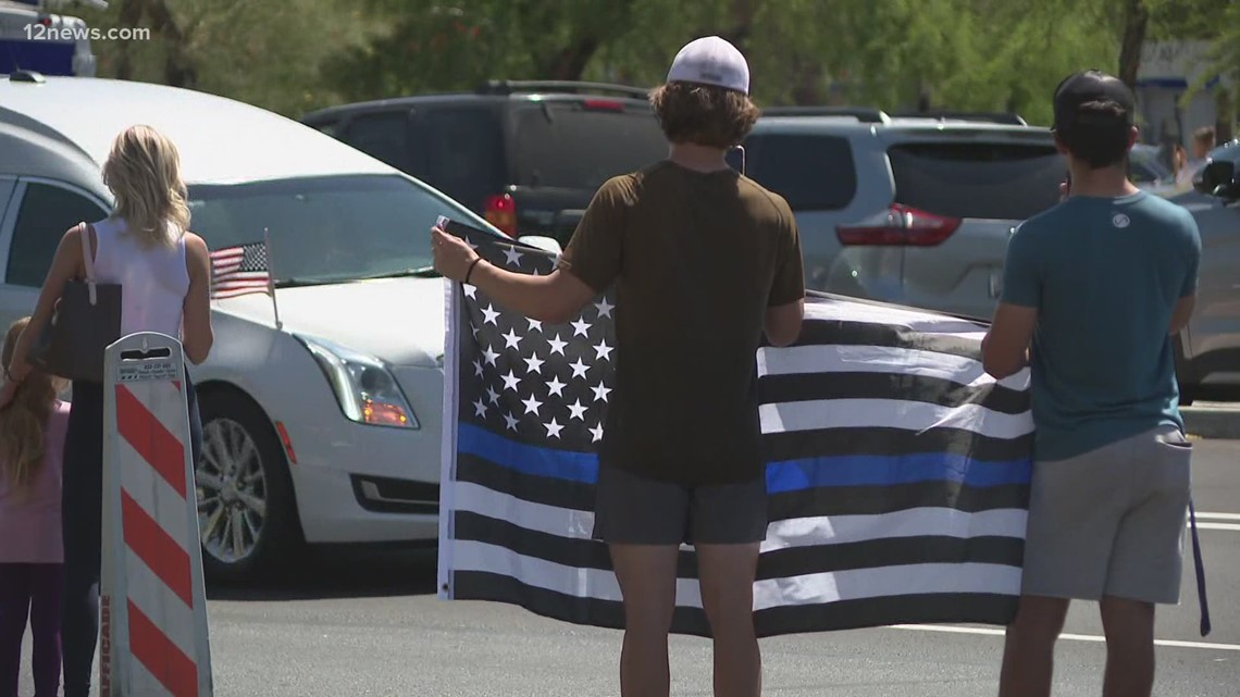 Valley community honors fallen Chandler police officer during procession