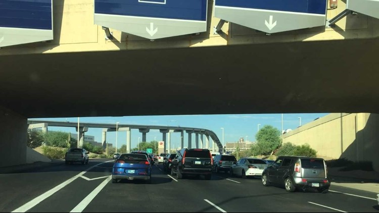 traffic stopped at sky harbor 9-16-18