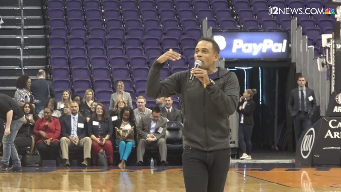 4,000 Valley students get lesson on financial literacy with the help of the Phoenix Suns and actor Hill Harper