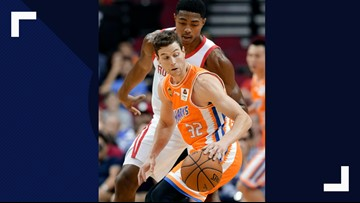Phoenix Suns sign Jimmer Fredette through rest of season