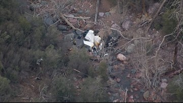 1 dead after small plane crashes southwest of Payson