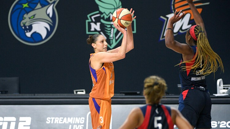 WNBA honors its top 25 players all-time