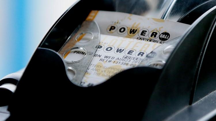 Three $50,000 tickets sold in Arizona, Powerball soars to $304 million