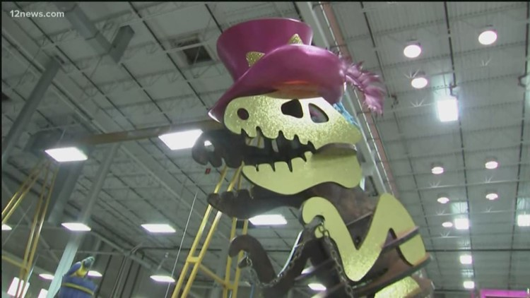 Here's a sneak peak at the Macy's Thanksgiving Day Parade floats