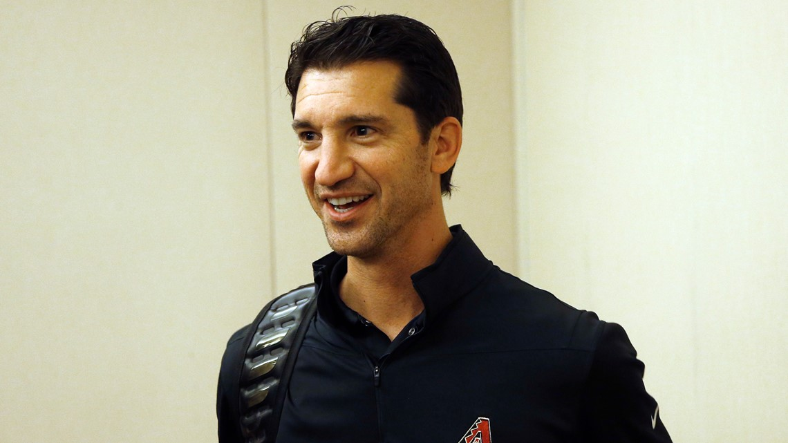 Arizona Diamondbacks give contract extension to GM Mike Hazen