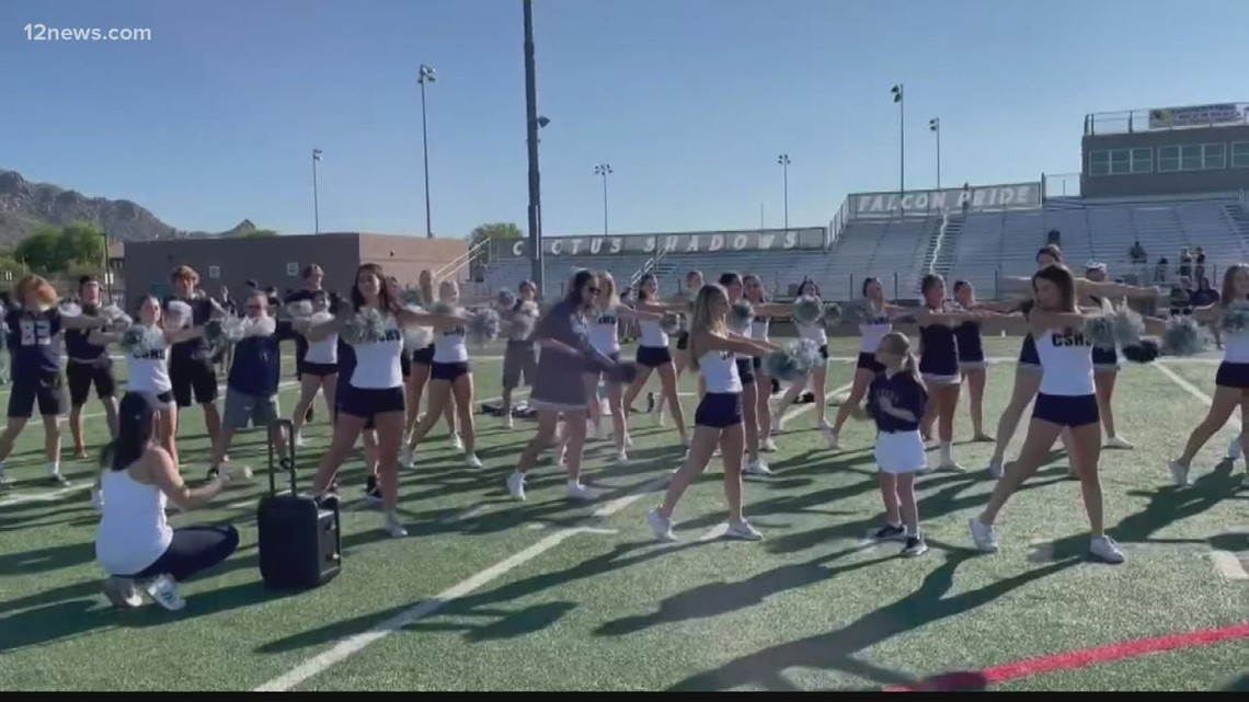 Students show off their skills at Cactus Shadows' 'One Team' Day