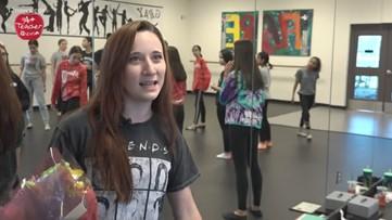 A+ Teacher of the Week: Phoenix middle school teacher does it all