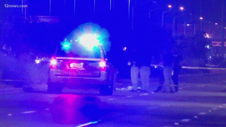 Suspect dies after getting struck by multiple cars on US 60 in Glendale