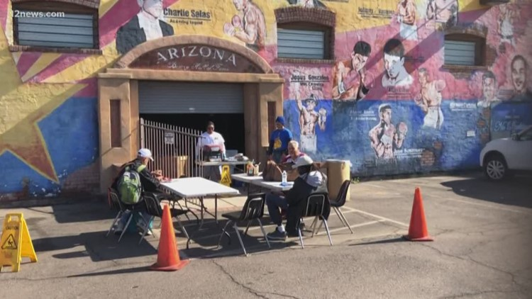 Central Boxing Gym feeding the homeless in Phoenix this holiday season
