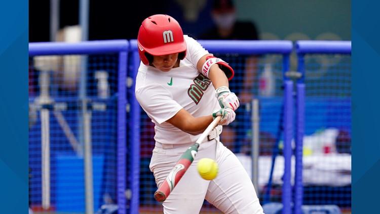 Jugadoras de sóftbol de Arizona y jugando con el equipo de México, pierden la medalla de bronce ante Canadá en los Juegos Olímpicos de Tokio