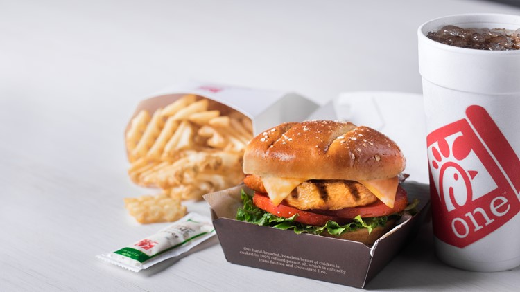 Grilled Spicy Chicken Deluxe Sandwich