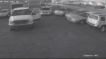 Man sets cars on fire in Phoenix