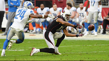 Larry Fitzgerald sets receiving record, passes Jerry Rice for most catches with 1 team