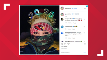 Gwen Stefani shows off her Cardinals pride while ringing in the new year