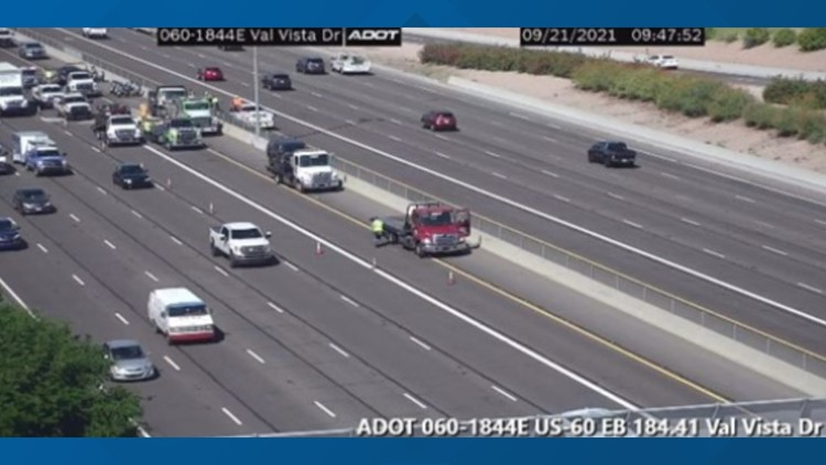 4-car crash closes US 60 near Val Vista Drive in Mesa