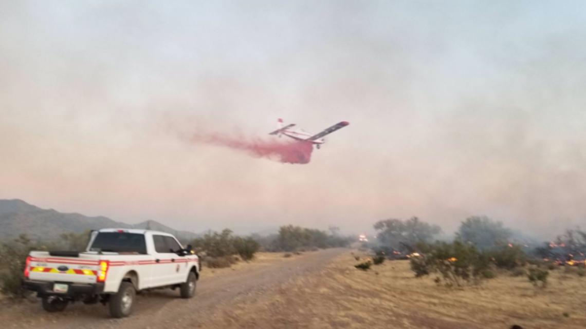 Dove Fire estimated at 1,000 acres northwest of Surprise, Ariz.