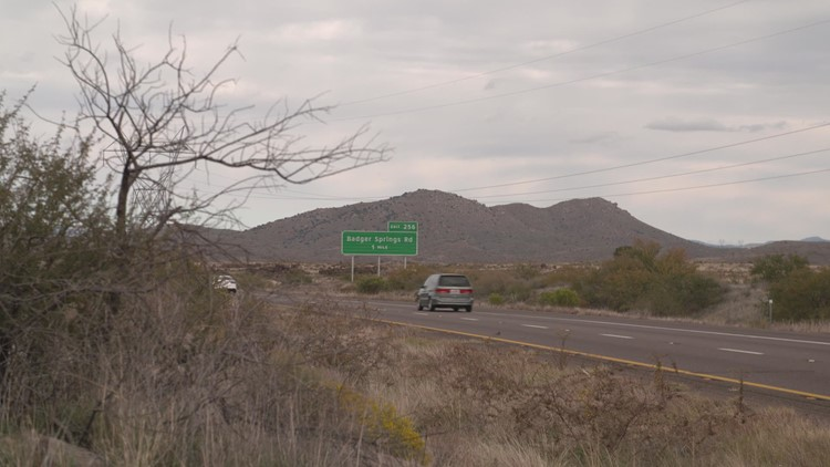 The mystery of the decorated Christmas tree on I-17