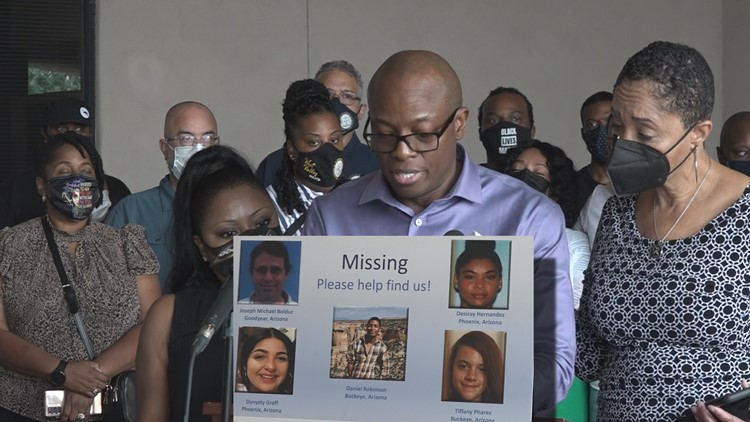 Daniel Robinson's family calls for more thorough investigation into disappearance