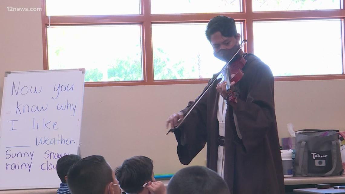 Phoenix elementary school teacher combines love of music and S.T.E.M.