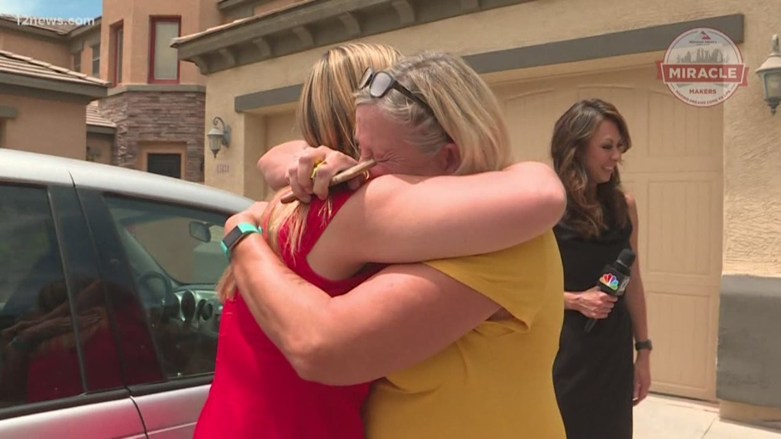 This mom cried happy tears when she was surprised with her dream van