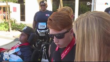 Teen takes first steps at Phoenix Children's Hospital 5K since undergoing brain surgery