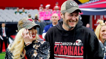 Blake Shelton is hosting the ultimate Cardinals tailgate