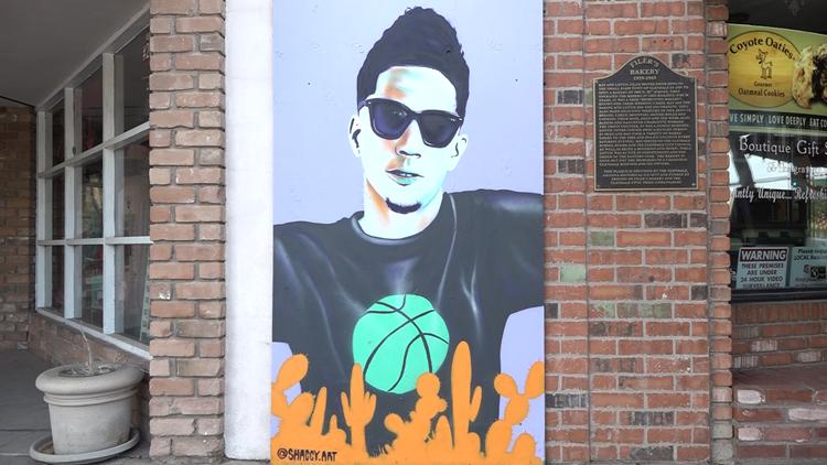 Valley urban artist creates Devin Booker mural in Glendale