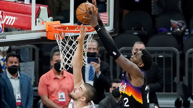 Ayton's last-second dunk seals miracle win for Phoenix Suns