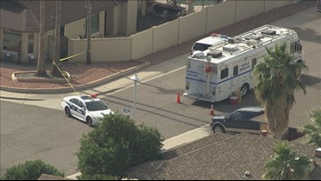 Phoenix Police arrest husband for death of wife Monday morning