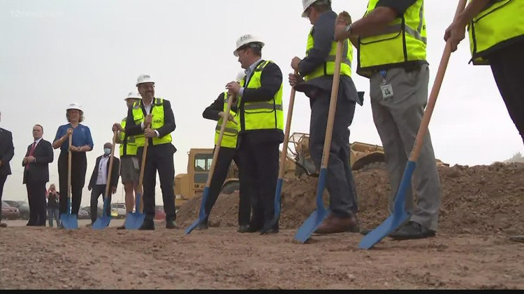 Intel breaks ground on chip manufacturing plant expansion in Chandler