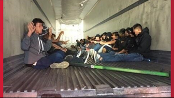 31 migrants found inside trailer trying to smuggle into the U.S.