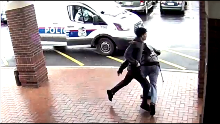 Video: Bystander trips suspect fleeing from Columbus police